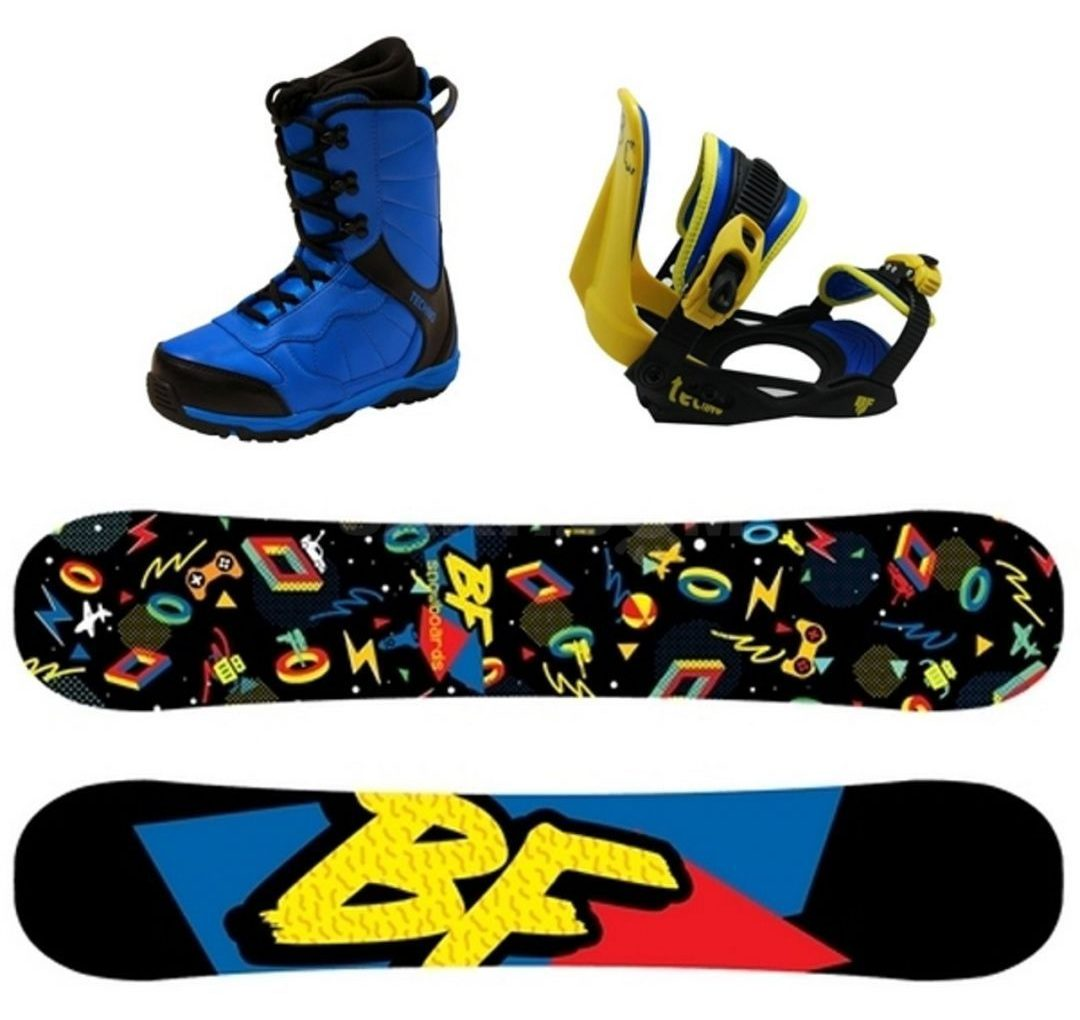 Комплект детский, сноуборд, крепления, ботинки.